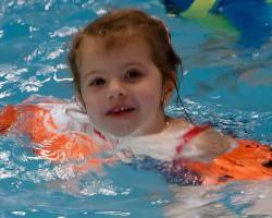kinderanfangsschwimmen-3-4-61fc8044